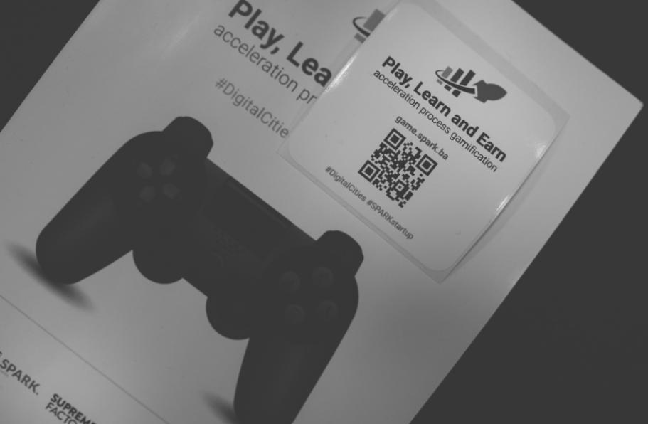 Play-learn-earn