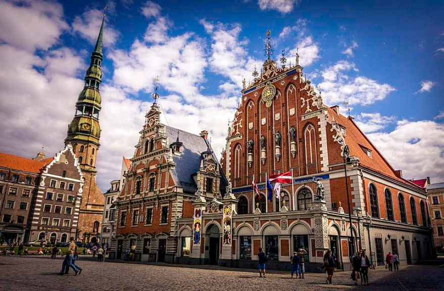 Online dating στη Λετονία