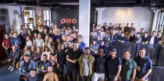 Pleo Team Photo