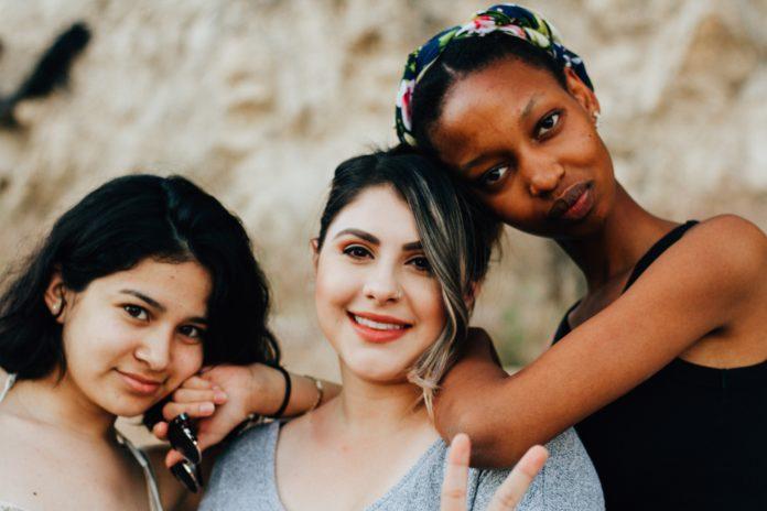 diverse_women