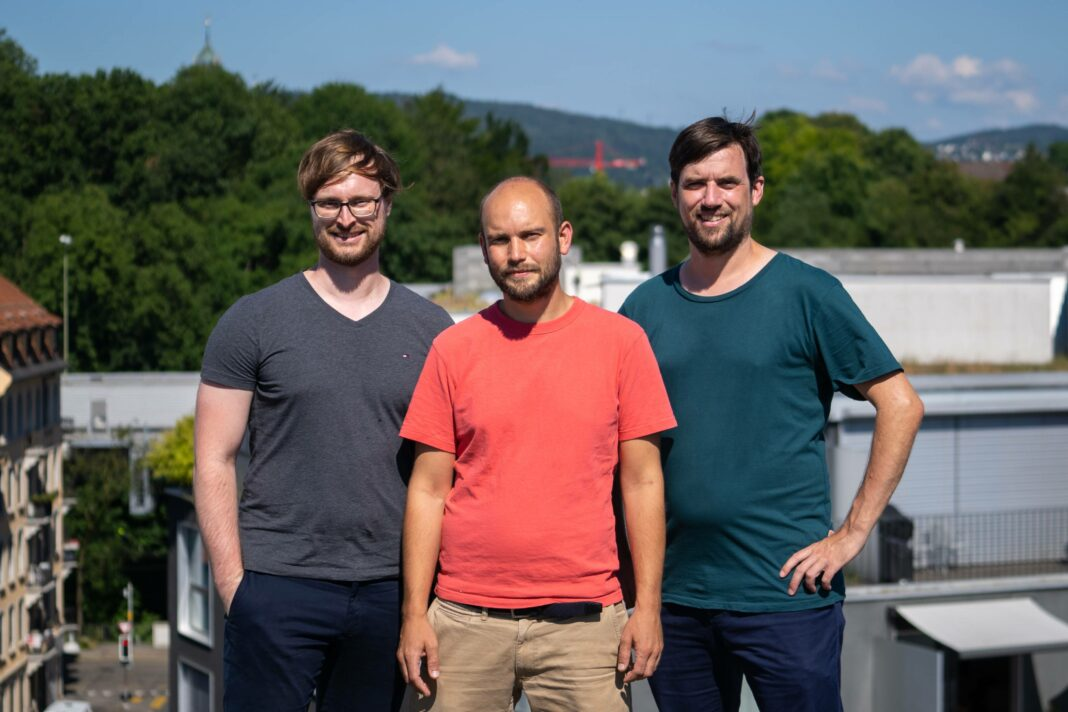"""""""In a nutshell: Investors simply weren't necessary"""": Interview with SmallPDF's co-founder & CEO, Manuel Stofer and Dennis Just"""